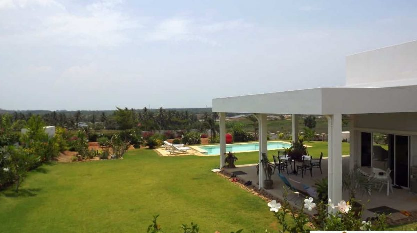 3 Bed Mountain View Pool Villa - Pranburi