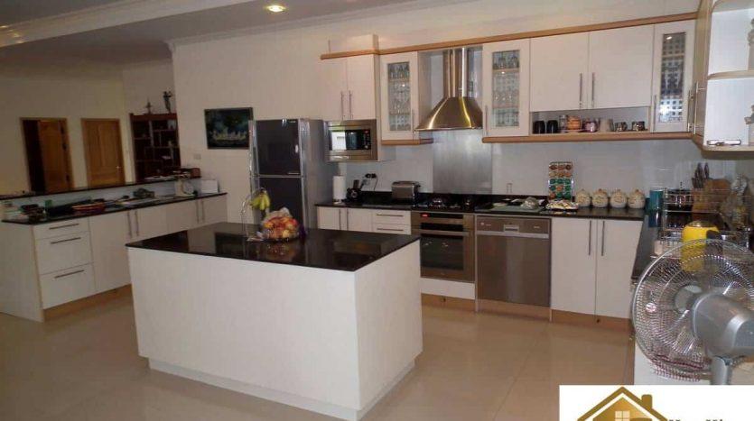 Open Plan 3 Bed Pool Villa Hua Hin – Reduced Price