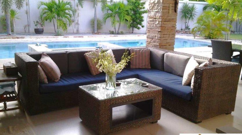 Stunning 3 Bed Pool Villa 2 Km From Pranburi Beach