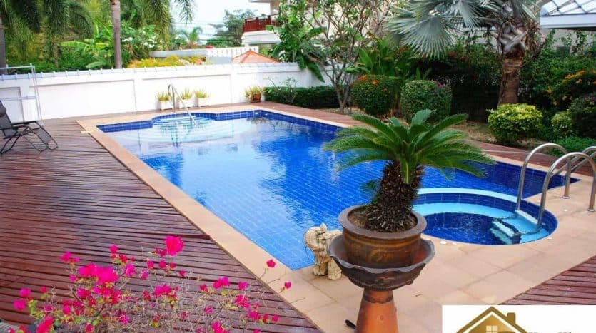 Large Private Pool Villa For Sale Central Hua Hin Location