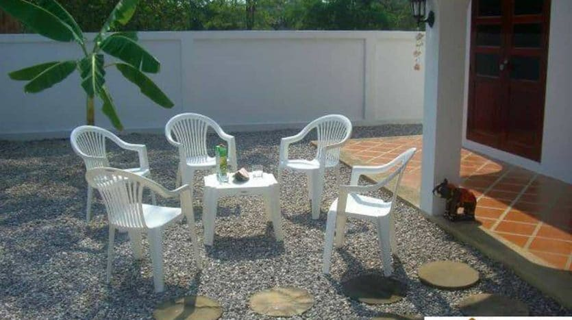 Beautiful 3 Bed Resale Villa Near Beach