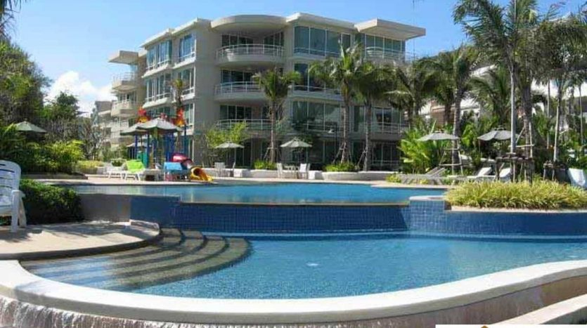 Spacious 3 Bed Condo In The Heart Of Hua Hin Town
