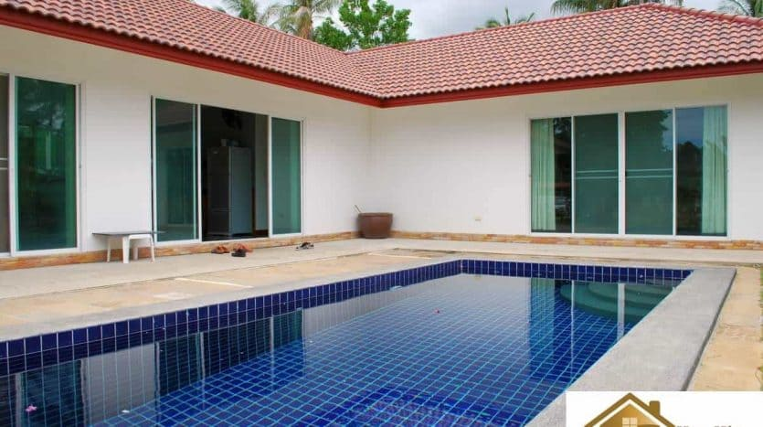 Reduced Pool Villa For Sale On A Large Plot Pranburi
