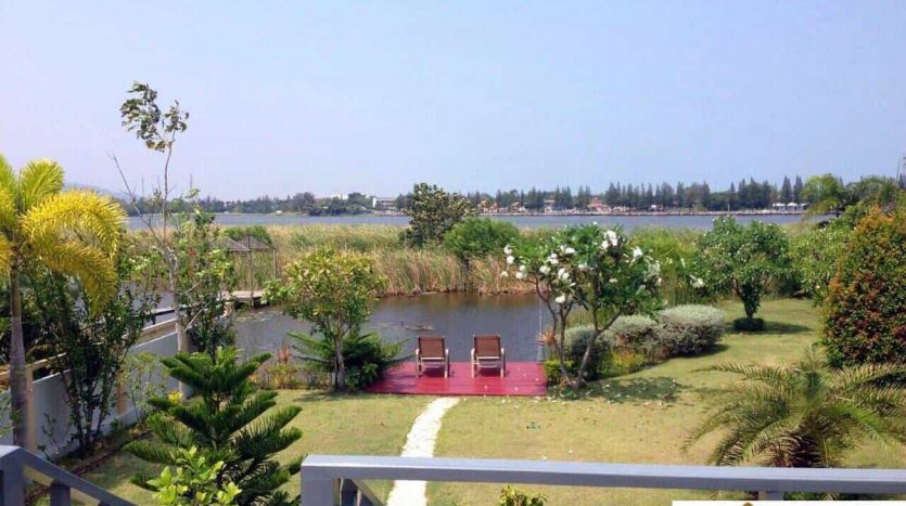 Stunning 3 Bed Pool Villa With Direct Lake Access Hua Hin