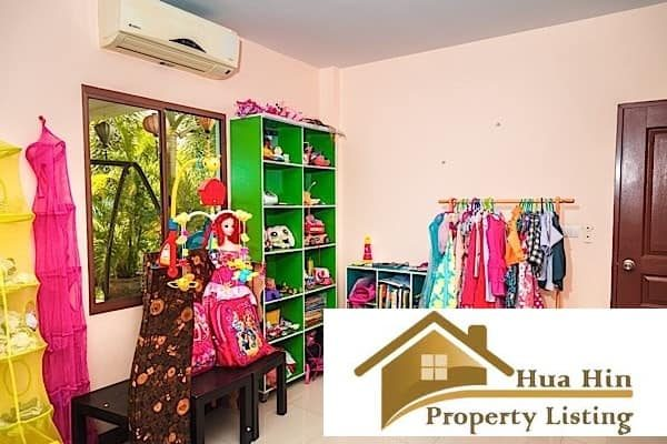 2 Storey Hua Hin Home with 4 Bedrooms In Matured Estate