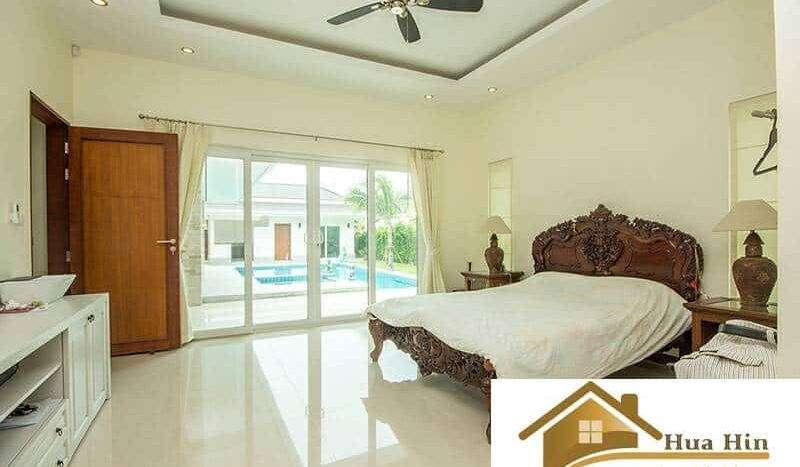 Stunning Hua Hin 4 Bed Pool Villa In Secured Estate