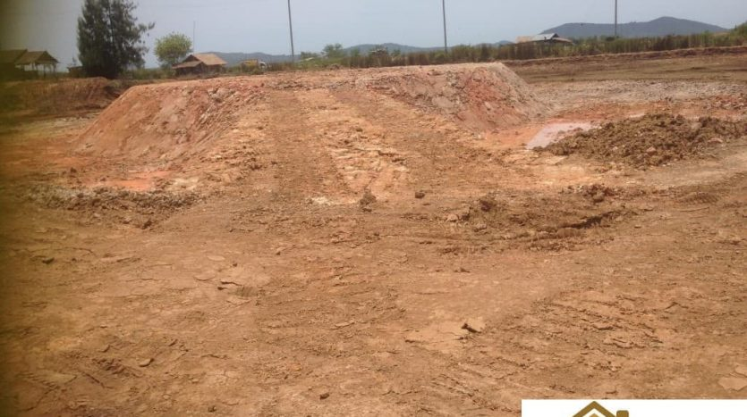 Pranburi Large 40 Rai Plot For Sale Near Khao Kalok Beach