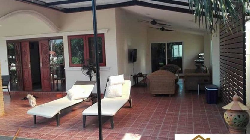 Hua Hin Pool Villa For Sale – Good Location & Value For Money