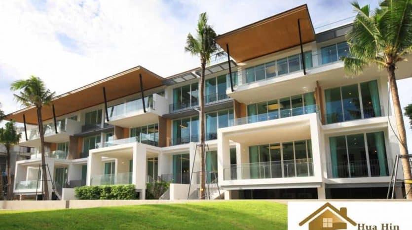 Spacious Hua Hin Condo Unit Available In A Modern Style Condominium (1)