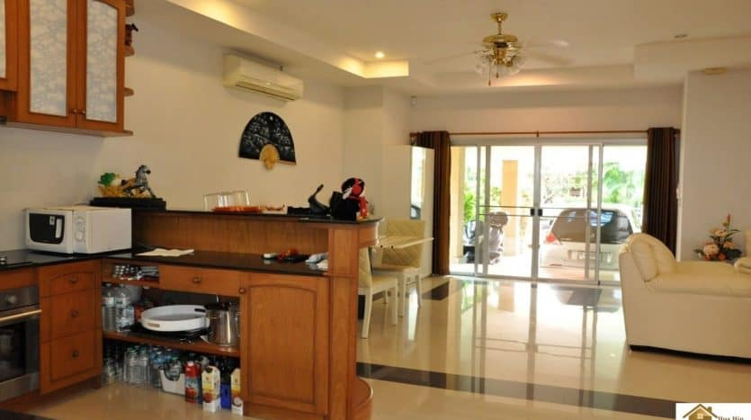 Hua Hin Retirement Property In An Estate – REDUCED