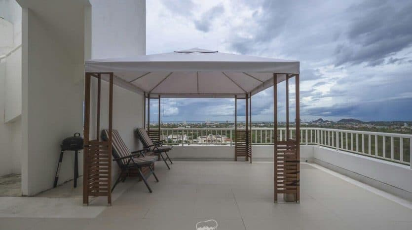 Hua Hin 4 bed Uninterrupted Sea View Penthouse With Spacious Living