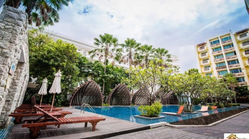 Mykonos 3 bed Spacious Condo Unit Right In The Heart Of Hua Hin