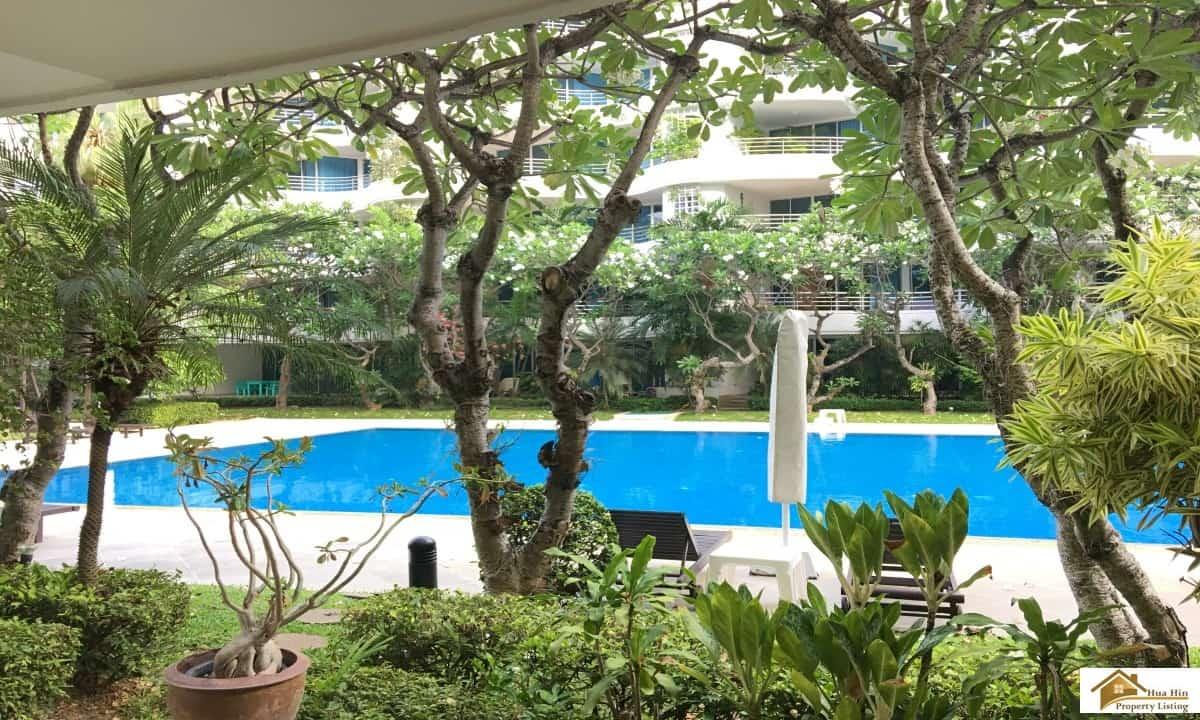 Spacious Beach Condo Unit In Hua Hin With Pool Access