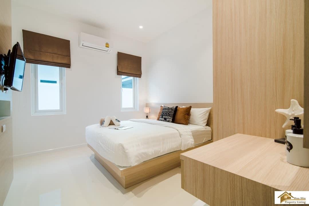 Baan aria hua hin 3 bed quality pool villas at for 8 villas hua hin