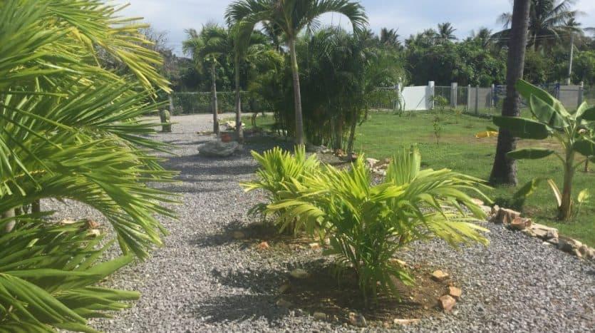 Beautiful Sam Roi Yot Property For Sale On Large Plot
