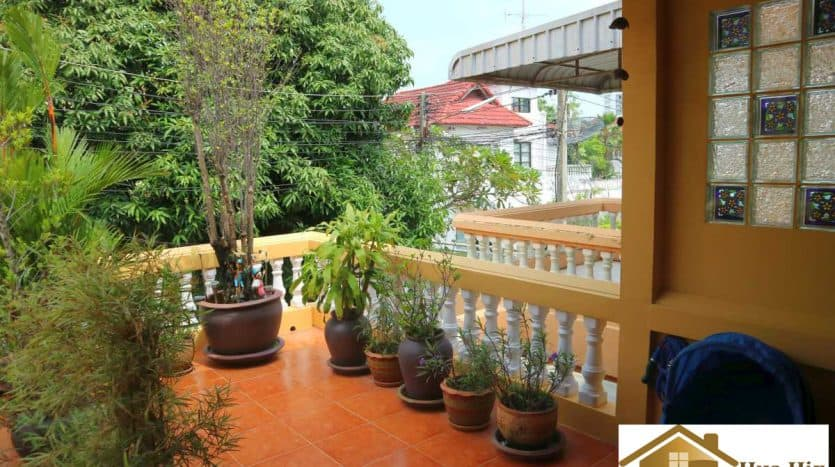 Reduced Townhouse For Sale in Khao Takiab, Hua Hin