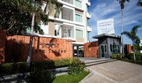 Central Hua Hin Beachfront Condo For Sale 2 Bedroom & 2 Bathroom