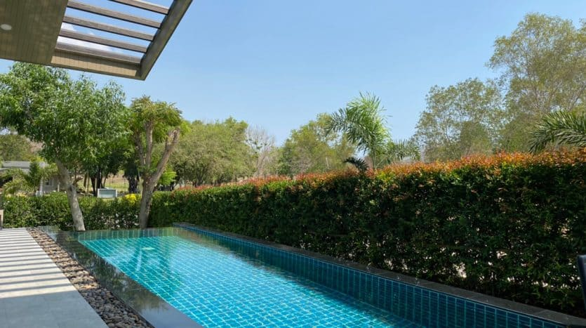 Sanctuary Lakes Hua Hin Luxury Private Pool Villa For Sale
