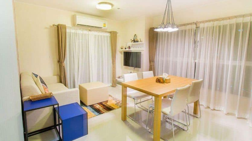 Hua Hin 2-Bed Condo For Sale On 26th Floor Baan Kiang Fah