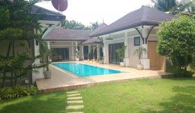 Hua Hin 4-Bed 4-Bath Pool Villa For Sale The Heights 2